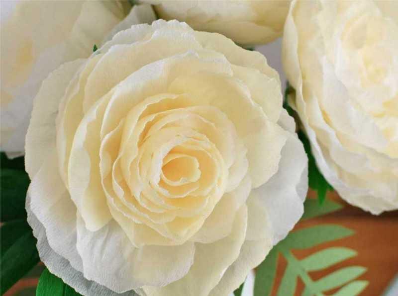 kak sdelat rozu iz bumagi 92